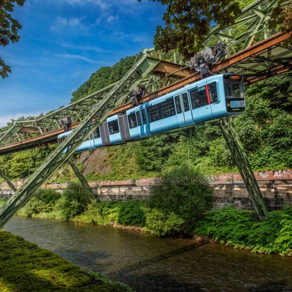 Wuppertaler Schwebebahn GTW-15