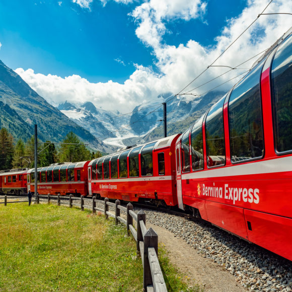 Bernina-Express in der Monte-Bello-Kurve