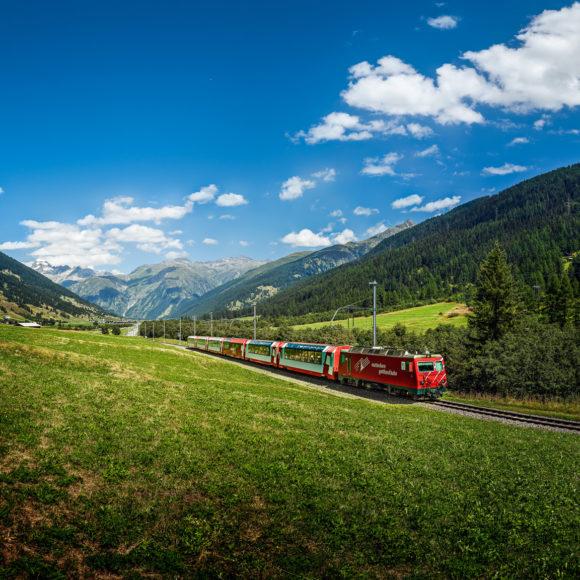 Glacier-Express im Goms