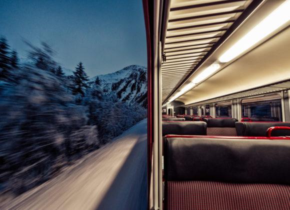 Morgengrauen im Regionalzug MGB
